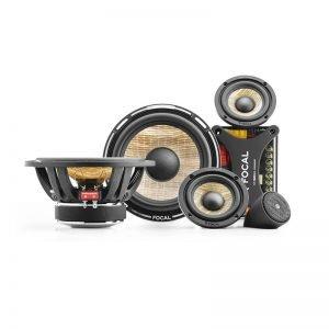 Focal speaker set voor in de auti